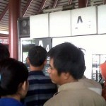 Pesawat lion AIr Delay, Penumpang Marah