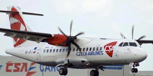 Pilot Meninggal di Udara, Pesawat Mendarat Darurat