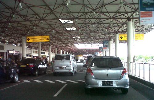 Drop Zone Bandara - Panduan Naik Pesawat